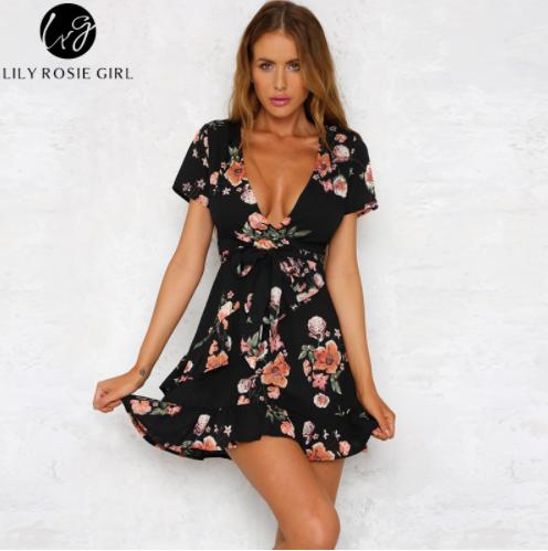 76af5247f73 Krásné sexy letní šaty s volánky Velikost L