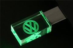 VW USB Flash Drive 32 GB 2.0 pro (3)